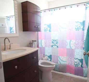 Girls Bathroom {DONE}