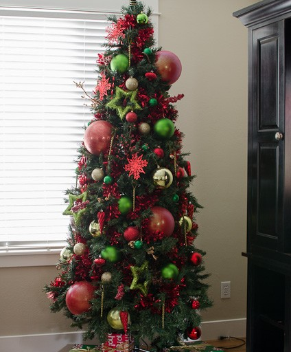 Tree decorations don't have to be expensive!