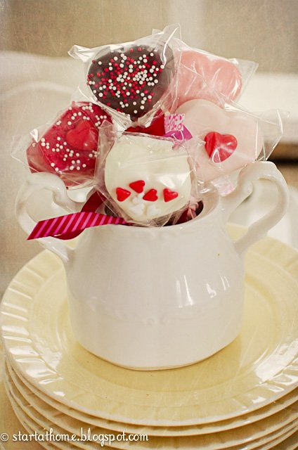 Chocolate dipped marshmallows for Valentines