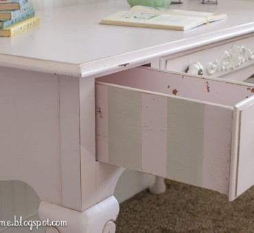 Tuesday's Tip: Painted Drawers