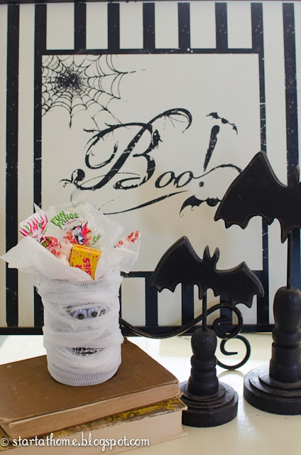 DIY Halloween Craft Mummy Can