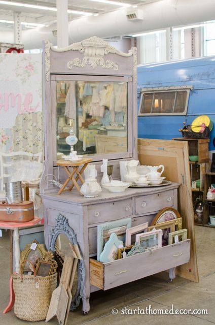 vintage whites market-3