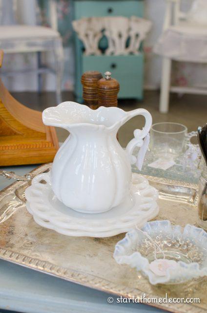 vintage whites market-5