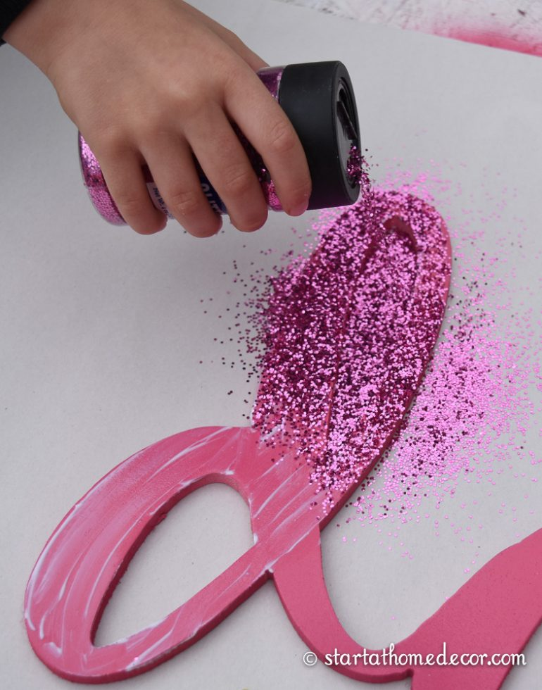 How to Glitter and Make It Stick