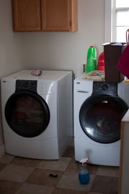 Laundry-Room-before-2