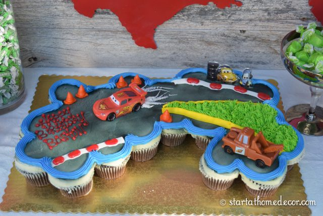 Car Birthday Party with USA cutout By Start at Home Decor.