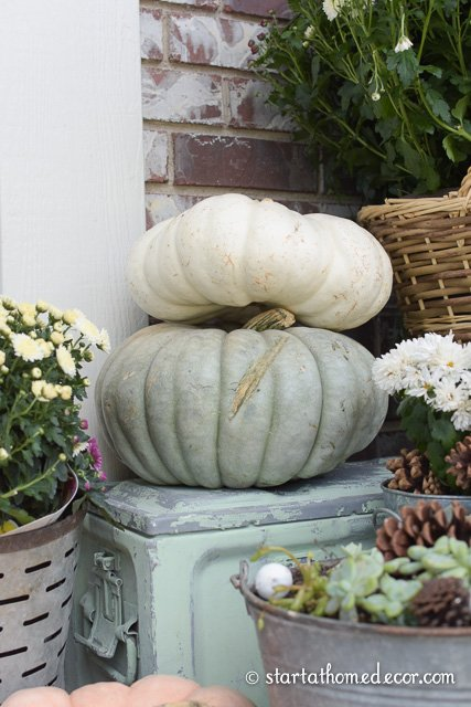 adding curb appeal for fall front porch