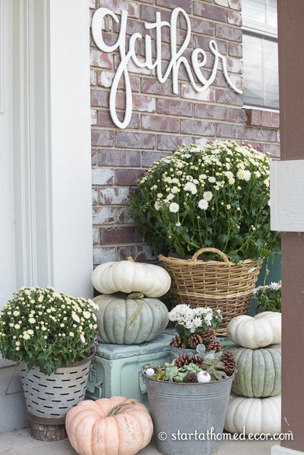 Adding curb appeal for fall on a budget fall front Small front porch decorating ideas for fall