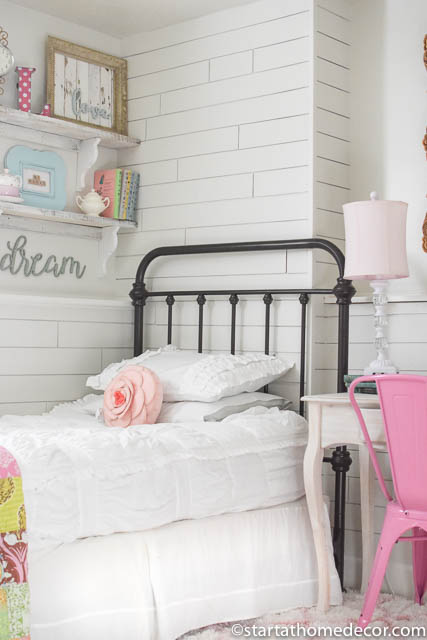 girls-room bedding