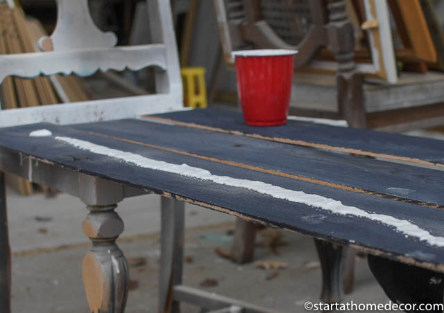 How to create weathered white wood