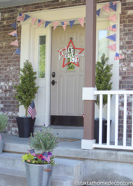 4th of July front porch | 4th of July decor