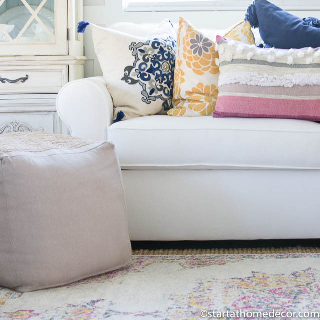 Tips for Picking the Perfect Throw Pillows