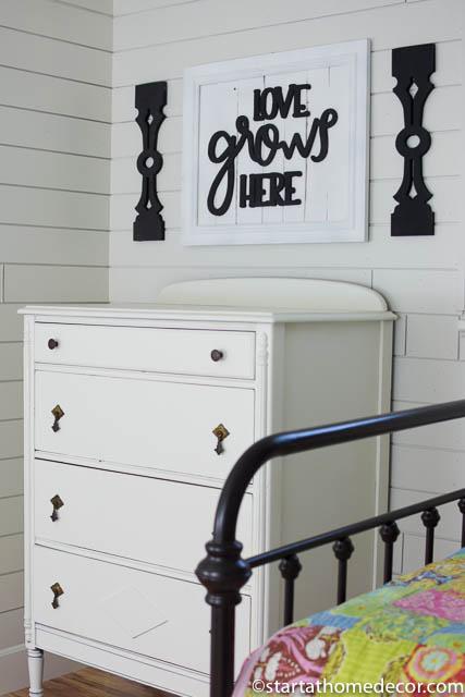 Vintage Dresser Makeover | Antique Dresser