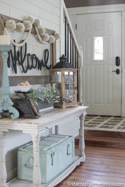 Welcome entry way