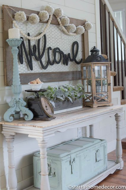 Entryway pallet top table on a Budget | Start at home | Farmhouse style