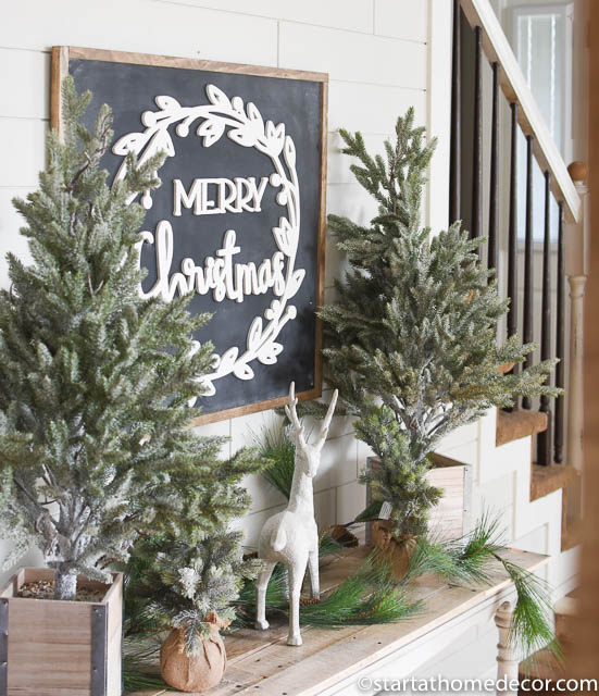 My Christmas home tour - Entryway