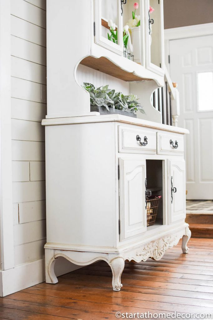 Create a smooth finishing using milk paint