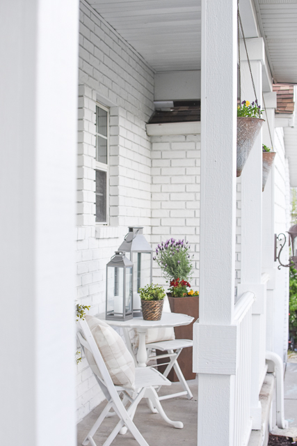 Decor for a spring front porch