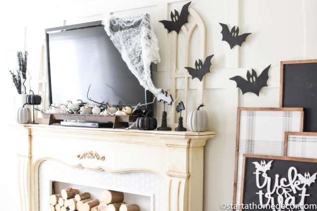 Halloween Black and white decor