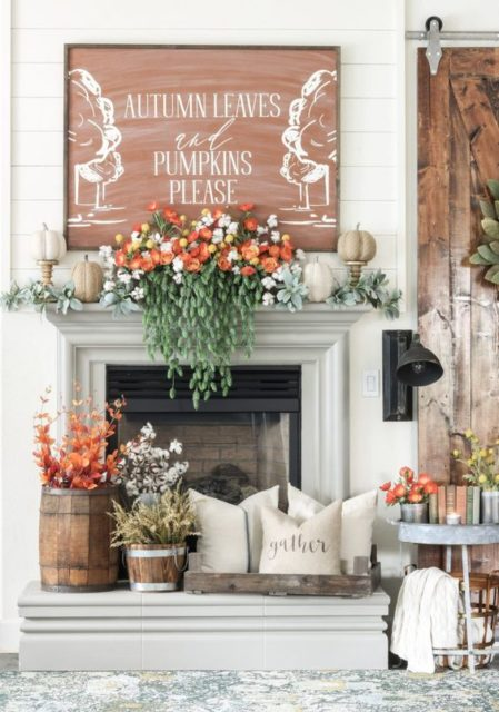 Seasonal fall mantel