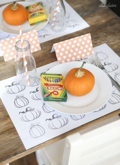 Kids table - Thanksgiving tablescape
