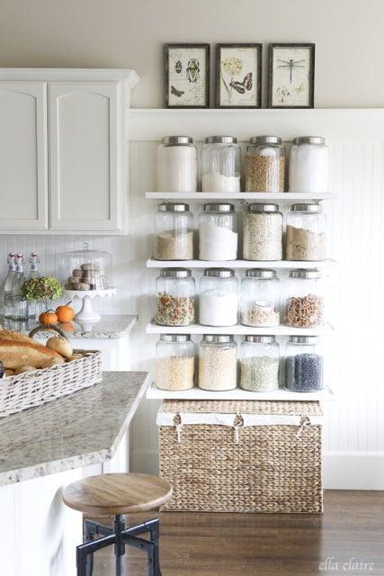 Open storage pantry