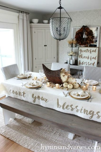 Count your blessings - Thanksgiving table