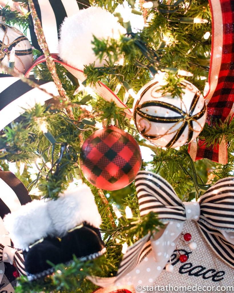 Buffalo Check Christmas Tree Decor.Buffalo Check Christmas Tree Start At Home Decor