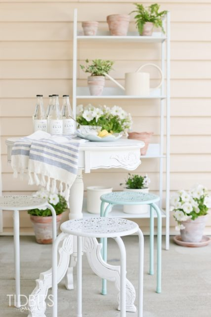 Bright spring porch decor