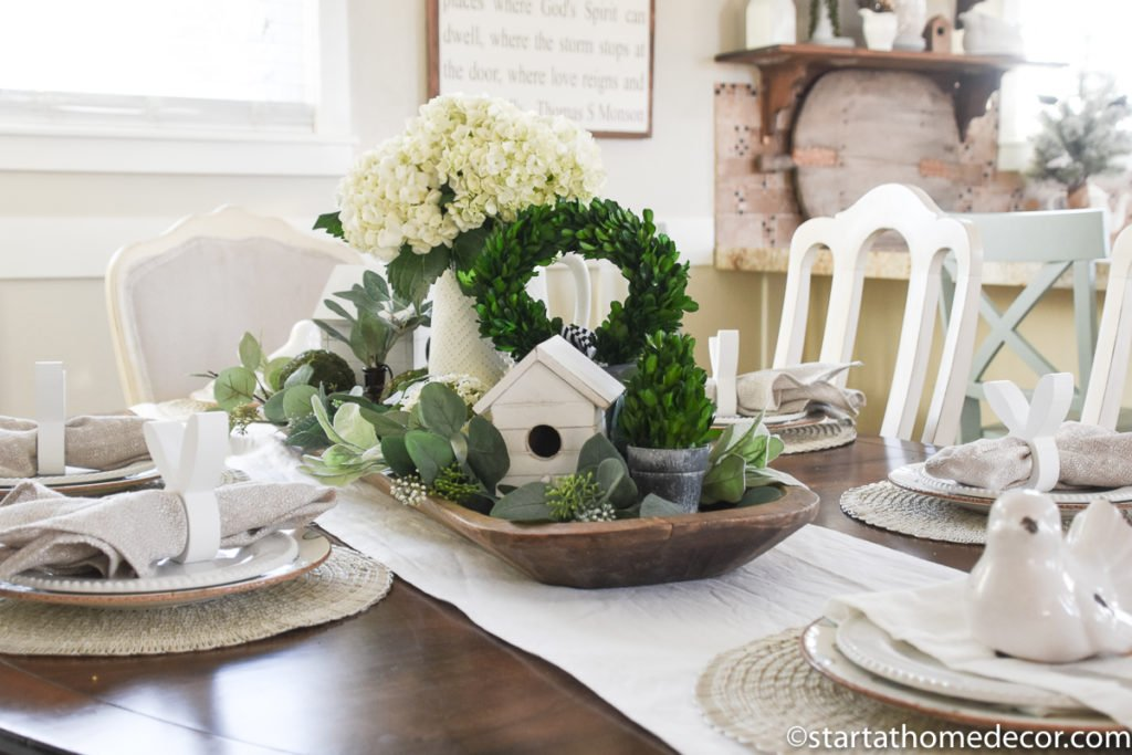Neutral Table Settings | Spring Table | Tablescapes for Easter