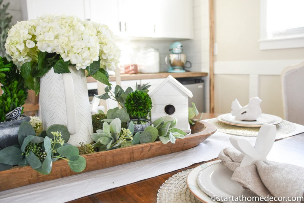 Spring Decorating | Easter Tablescape