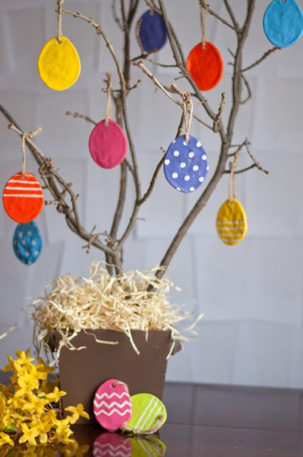 Kid friendly Easter crafts