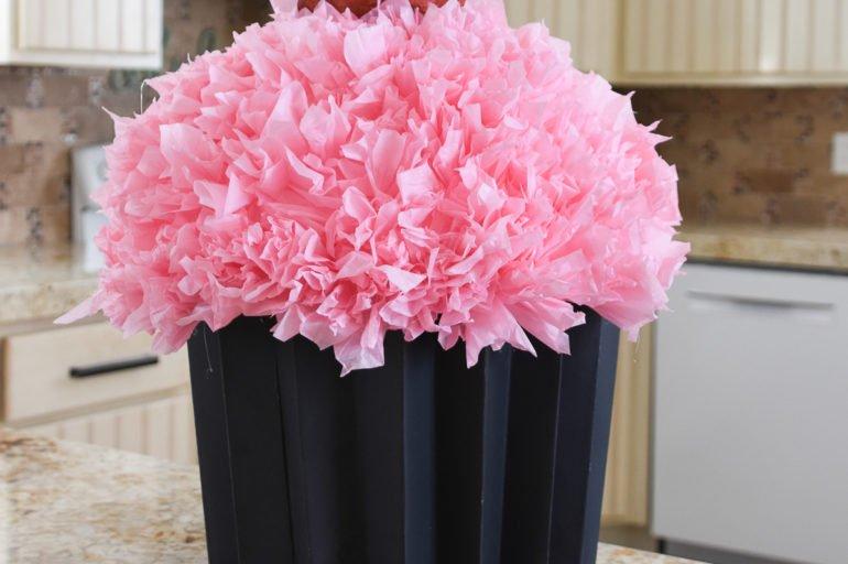 Cupcake Valentine's Day Box