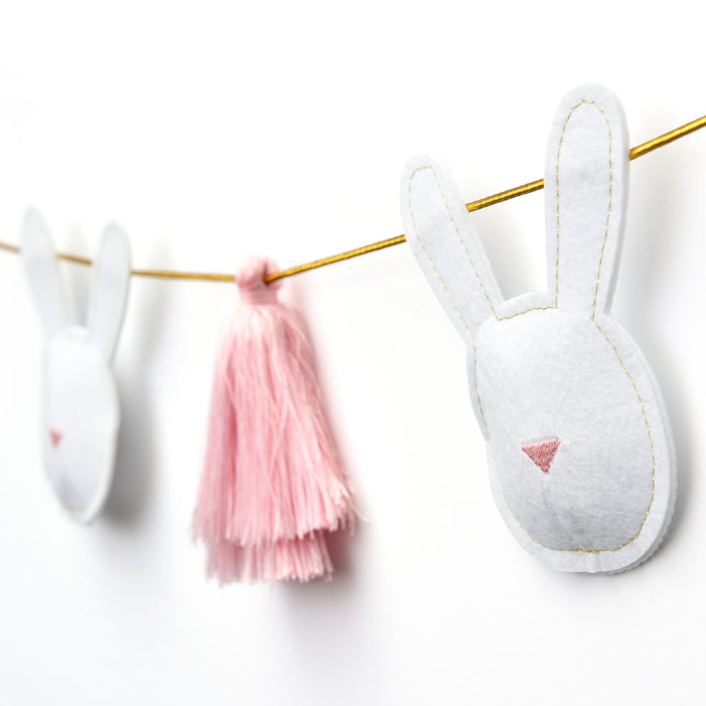 Easter garland - Spring home decor