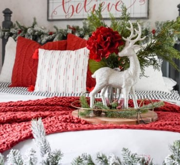 How to Create a Christmas Master Bedroom