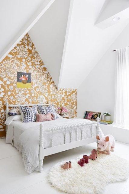 Wallpaper treatments | Wall Accents | wallpaper design | floral wallpaper