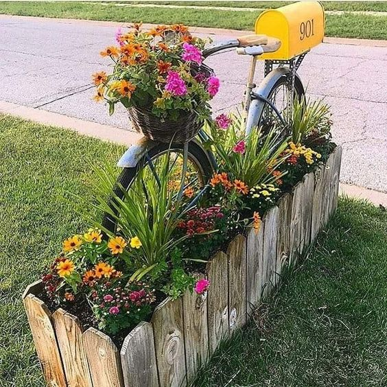 Curb appeal   front yard landscaping   floral ideas   front yard floral   gardening ideas   flowers