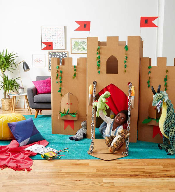 Kid activities | kid crafts | cardboard activities | cardboard crafts | things to do with cardboard | cardboard castle