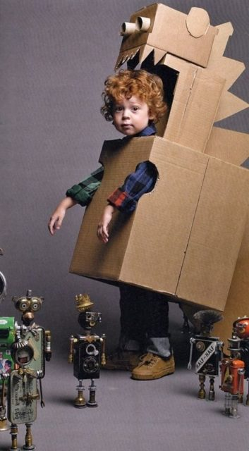 Kid activities | kid crafts | cardboard activities | cardboard crafts | things to do with cardboard | cardboard costumes