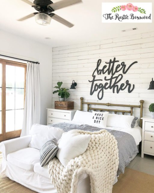farmhouse | farmhouse bedroom | master bedroom | farmhouse bedding | neutral bedding | farmhouse rugs | shiplap