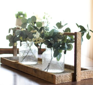 DIY Reclaimed Wood Table Tray