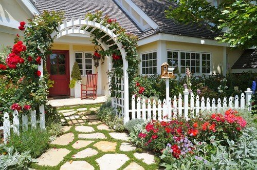 Front Yard Landscaping and Floral Ideas to Inspire Curb Appeal