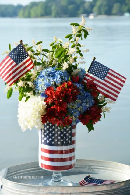 Patriotic Porches | 4th of July Decor | patriotism | flags | America decor | Red white and blue