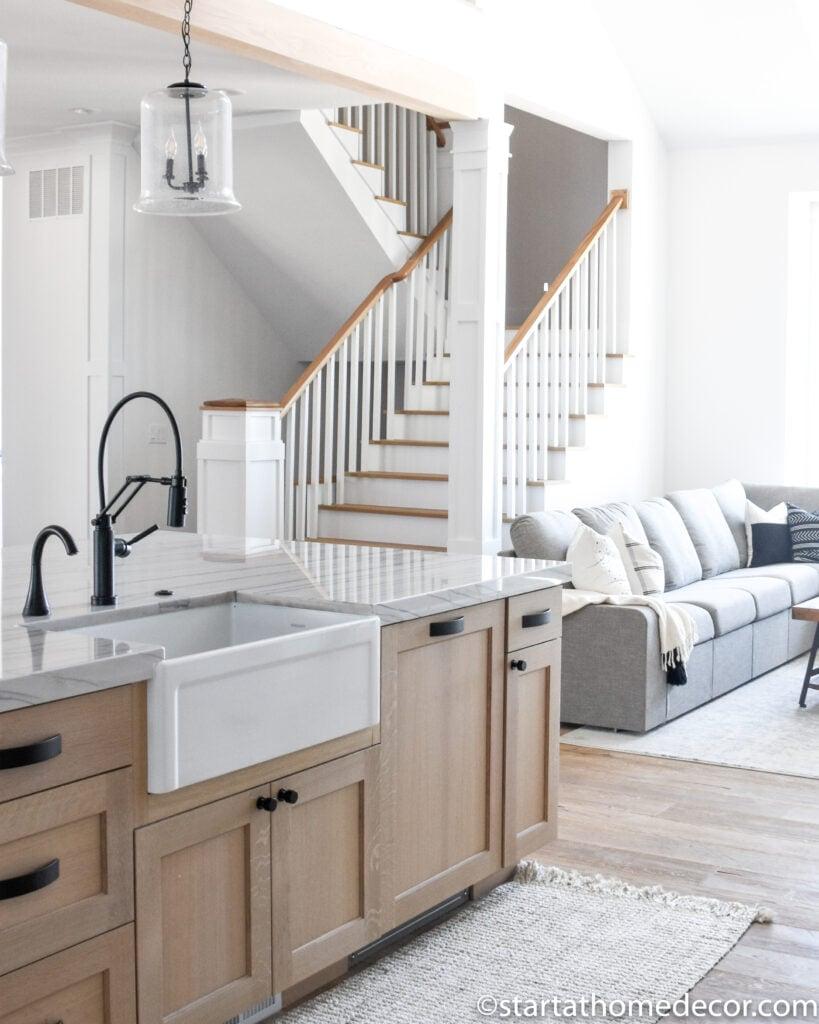 Staircase Design | Kitchen Decor | Farmhouse sink