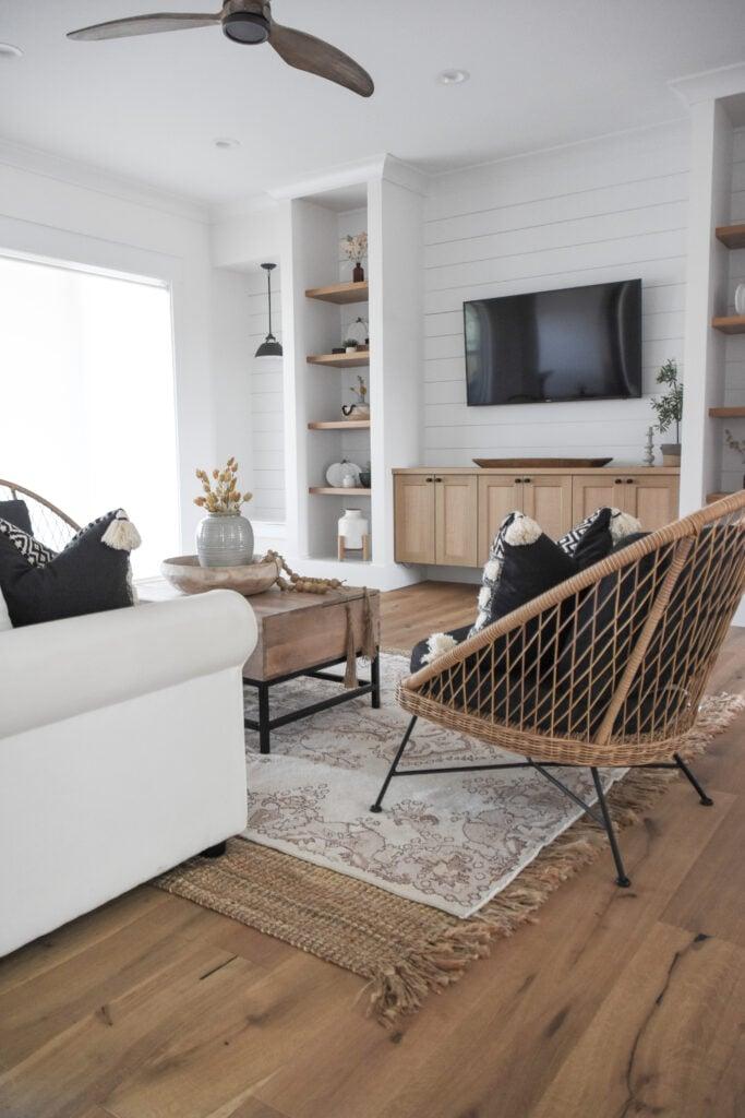 rugs | vintage rugs | living room rugs | living room decor | Revival Rugs